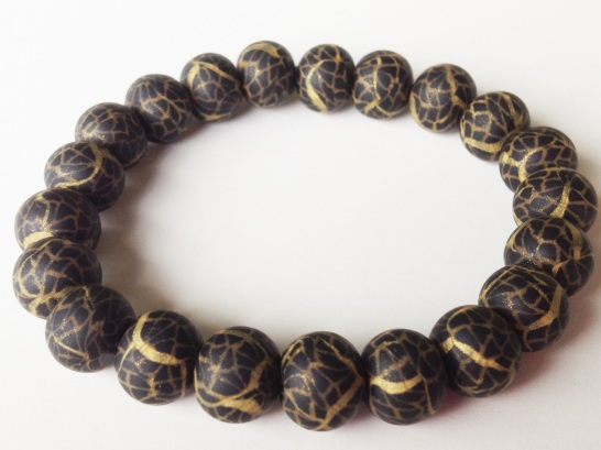 Black & Gold Crackle https://www.etsy.com/listing/160586560/polymer-clay-beads-bracelet-black-gold?ref=shop_home_active_3